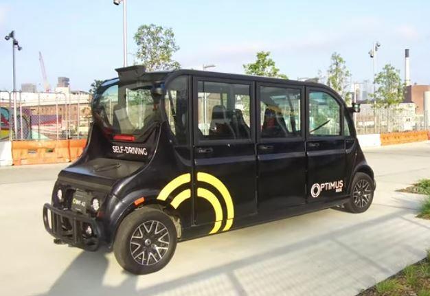Un coche robótico colabora contra el Coronavirus
